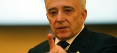 Isărescu estimează că economia ar putea scădea cu 14% în trimestrul 2