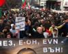 """Facturile la """"lumină"""" îi scot pe bulgari în stradă"""