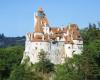 Turiștii străini au luat cu asalt Castelul Bran – INTERVIU