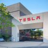 Tesla vrea să atragă 1,5 miliarde dolari prin emisiune de obligațiuni