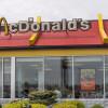 Șeful McDonald's demisionează pe fondul scăderii vânzărilor