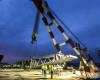 GSP participă la ridicarea celui mai mare pod rutier suspendat din lume