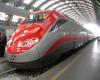 Italia vinde 40% din acțiunile companiei naționale de căi ferate