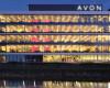 Compania braziliană de cosmetice Natura cumpără Avon