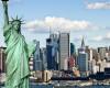 """Paravion: Românii caută bilete """"one way"""" spre Canada, Australia și SUA"""