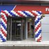 Angajaţii First Bank au protestat împotriva concedierii colective