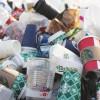 Comisia Europeană interzice paharele de plastic