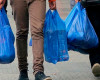 Cora va elimina de pe piață peste 30 de milioane de pungi de plastic