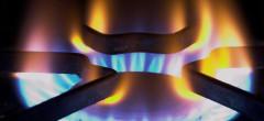 Aproape un sfert dintre români au trecut pe piața liberă a gazelor naturale. Atenție cu cine semnați!