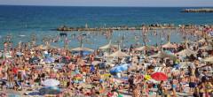 Voucherele de vacanță au scumpit cazările cu 55% în doi ani