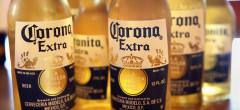 Producătorul de bere Corona opreşte producţia