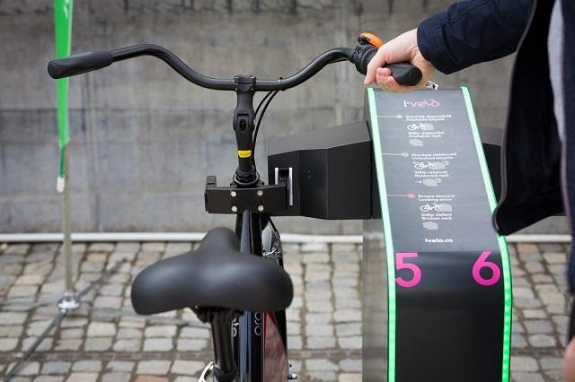 Stații automate pentru biciclete închiriate în București  53e68272847